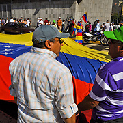 23 JANUARY IN VENEZUELA / MARCHAS DEL 23 DE ENERO<br /> Photography by Aaron Sosa<br /> Caracas - Venezuela 2010<br /> (Copyright © Aaron Sosa)