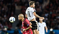 18.06.2016, Parc de Princes, Paris, FRA, UEFA Euro, Frankreich, Portugal vs Oesterreich, Gruppe F, im Bild Pepe (POR), Martin Harnik (AUT) // Pepe (POR), Martin Harnik (AUT) during Group F match between Portugal and Austria of the UEFA EURO 2016 France at the Parc de Princes in Paris, France on 2016/06/18. EXPA Pictures © 2016, PhotoCredit: EXPA/ JFK