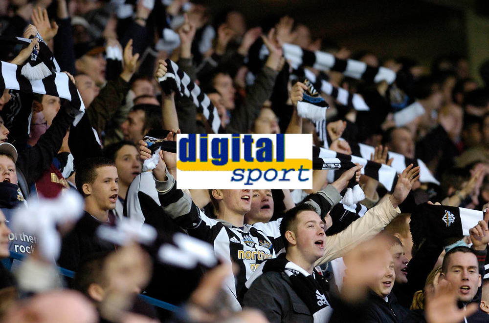 Photo: Leigh Quinnell.<br /> Birmingham City v Newcastle United. The FA Cup. 06/01/2007. Newcastle fans cheer but are soon silences after a late goal for Birmingham City to earn a replay at Newcastle.
