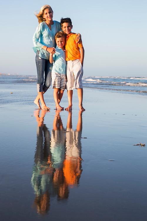 Cinnamon Shore family portraits by Tim Burdick Photography in Port Aransas, Texas.