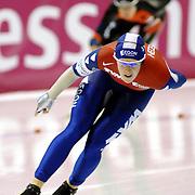NLD/Heerenveen/20061112 - Essent ISU Wereldbeker Speed Skating, 3000 mtr ladies, Ireen Wust en Martina Sablikova