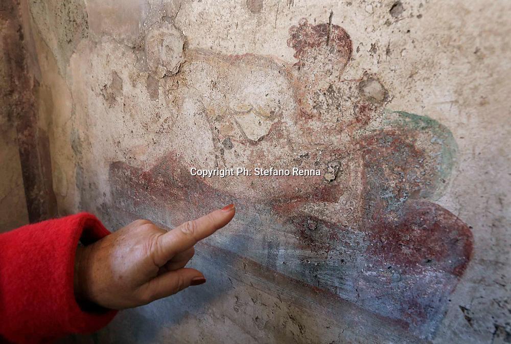 Scavi di Pompei (Napoli) 07 dicembre 2016<br /> Aperto il piccolo lupanare con i suoi nuovi affreschi a sfondo erotico<br /> Ph: Stefano Renna