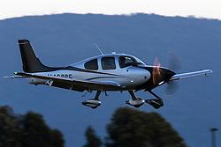 Cirrus SR22T Turbo (N468SE) lands at Palo Alto Airport (KPAO), Palo Alto, California, United States of America