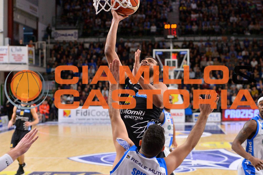 SASSARI 07 GENNAIO 2018<br /> Banco di Sardegna Dinamo Sassari - Dolomiti Energia Aquila Trento<br /> Legabasket Serie A LBA PosteMobile 2017/2018<br /> NELLA FOTO Shavon Shields<br /> FOTO CIAMILLO - Luigi Canu