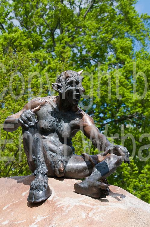 Skulptur Teufel, Hexentanzplatz, Thale, Harz, Sachsen-Anhalt, Deutschland |sculpture of devil, Hexentanzplatz, Thale, Harz, Saxony-Anhalt, Germany
