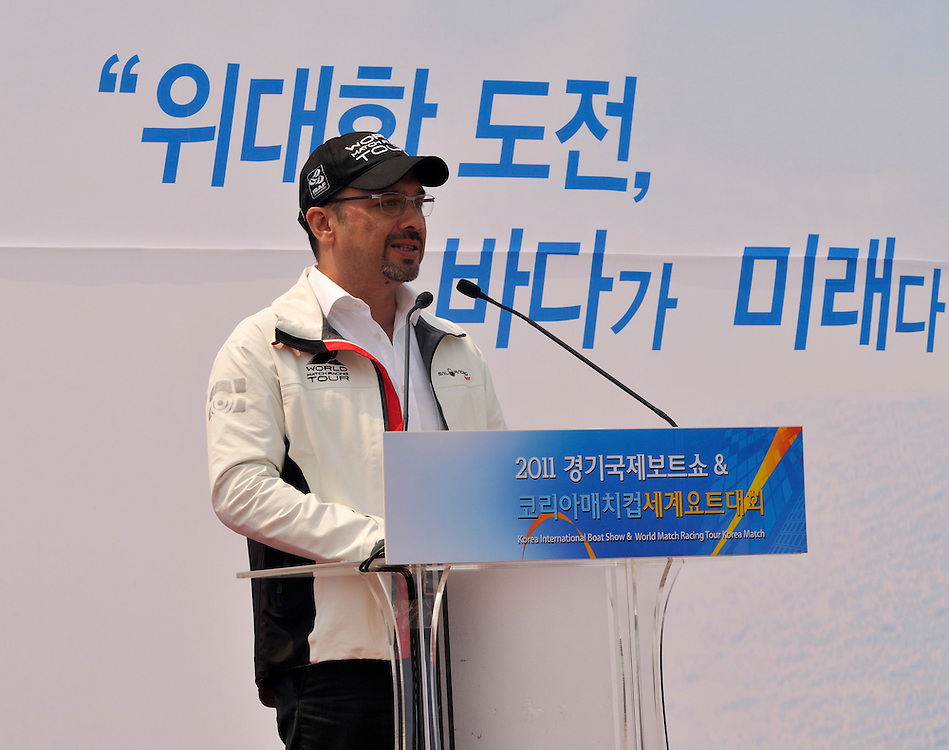 WMRT Executive Chairman, Patrick Lim, makes a speech at the opening of the Korea International Boat Show. Photo:Chris Davies/WMRT
