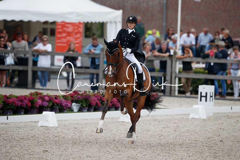 Meulendijks Anne, NED, MDH Avanti<br /> Nederlands Kampioenschap Dressuur <br /> Ermelo 2017<br /> &copy; Hippo Foto - Dirk Caremans<br /> 16/07/2017