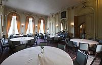 OUDENAARDE (BELGIE) - Interieur clubhuis / kasteel. Golfclub Oudenaarde met 36 holes, de Kasteelbaan en de Ankerbaan). COPYRIGHT KOEN SUYK