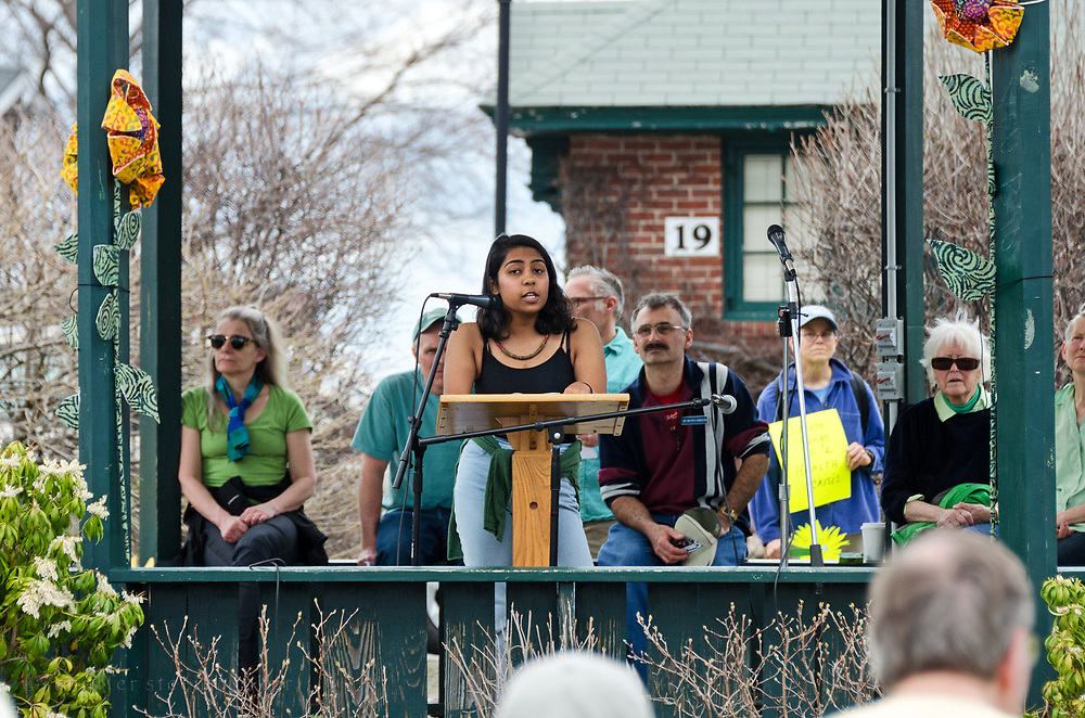 Bar Harbor, USA. 29 April, 2017. Aneesa Khan, a student at the College of the Atlantic, addresses the crowd at the Downeast Climate March.