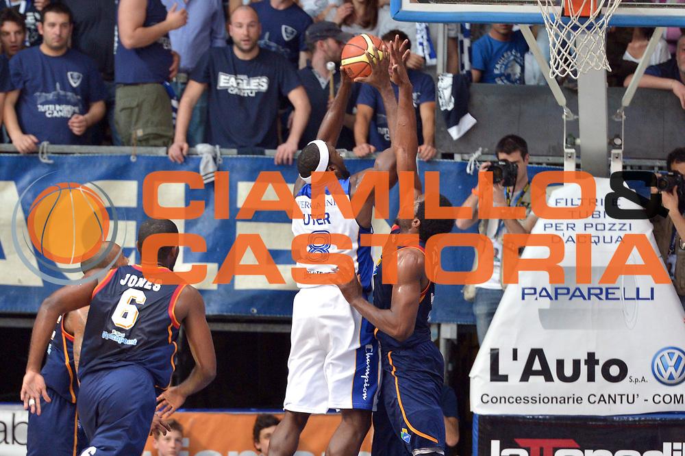 DESCRIZIONE : Cant&ugrave; Lega A 2013-14 Acqua Vitasnella Cant&ugrave; vs  Acea Roma  playoff quarti di finale gara 2<br /> GIOCATORE : Adrian Uter<br /> CATEGORIA : Tiro<br /> SQUADRA : Acqua Vitasnella Cant&ugrave;<br /> EVENTO : Quarti di finale gara 2 playoff<br /> GARA : Acqua Vitasnella Cant&ugrave; vs  Acea Roma playoff quarti di finale gara 2<br /> DATA : 22/05/2014<br /> SPORT : Pallacanestro <br /> AUTORE : Agenzia Ciamillo-Castoria/I.Mancini<br /> Galleria : Lega Basket A 2013-2014  <br /> Fotonotizia : Cant&ugrave;<br /> Lega A 2013-14 Acqua Vitasnella Cant&ugrave; vs  Acea Roma<br /> playoff quarti di finale gara 2<br /> Predefinita :