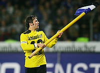 Fotball<br /> Bundesliga Tyskland<br /> Foto: Witters/Digitalsport<br /> NORWAY ONLY<br /> <br /> 29.10.2006<br /> Bernd Korzynietz Bielefeld jubelt im Trikot von Jan Schlaudraff<br /> Bundesliga DSC Arminia Bielefeld - Alemannia Aachen 5:1