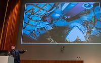 UTRECHT - Astronaut Andre Kuipers over duurzaamheid , motivatie en inspiratie.    Het KNHB Nationaal Hockey Congres 2020, Samen werken aan de   toekomst. COPYRIGHT  KOEN SUYK