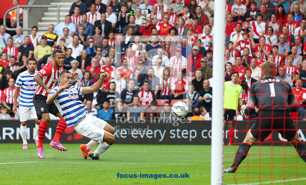 Ryan Bertrand ( 2nd L ) of Southampton scores the opening goal during the Barclays Premier League match at the St Mary's Stadium, Southampton<br /> Picture by Paul Terry/Focus Images Ltd +44 7545 642257<br /> 27/09/2014