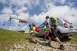 Matjaz Serkezi o tem kako opremiti otroke za izlet v hribe, on July 20, 2017 in RTC Krvavec, Ljubljana, Slovenia. Photo by Urban Urbanc / Sportida