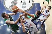DESCRIZIONE : Cantu Lega A 2010-11 Bennet Cantu Montepaschi Siena<br /> GIOCATORE : Ksistof Lavrinovic Benjamin Ortner Thomas Ress<br /> SQUADRA : Montepaschi Siena Bennet Cantu<br /> EVENTO : Campionato Lega A 2010-2011<br /> GARA : Bennet Cantu Montepaschi Siena<br /> DATA : 13/11/2010<br /> CATEGORIA : Rimbalzo Special<br /> SPORT : Pallacanestro<br /> AUTORE : Agenzia Ciamillo-Castoria/G.Cottini<br /> Galleria : Lega Basket A 2010-2011<br /> Fotonotizia : Cantu Lega A 2010-11 Bennet Cantu Montepaschi Siena<br /> Predefinita :