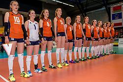 01-04-2017 NED:  CEV U18 Europees Kampioenschap vrouwen dag 1, Arnhem<br /> Nederland - Bulgarije verliest met 1-3 / Team Nederland