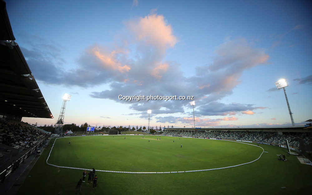 A general view of McLean Park in the HRV Cup T20 cricket match between the Central Districts Stags and the Wellington Firebirds at McLean Park, Napier, New Zealand. Friday, 07 December, 2012. Photo: John Cowpland / photosport.co.nz