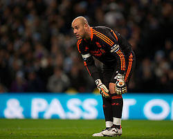 03.01.2012, Etihad Stadion, Manchester, ENG, PL, Manchester City vs FC Liverpool, 19. Spieltag, im Bild Liverpool's goalkeeper Jose Reina looks dejected against Manchester City // during the football match of English premier league, 19th round, between Manchester City and FC Liverpool at Etihad Stadium, Manchester, United Kingdom on 2012/01/03. EXPA Pictures © 2012, PhotoCredit: EXPA/ Propagandaphoto/ David Rawcliff..***** ATTENTION - OUT OF ENG, GBR, UK *****