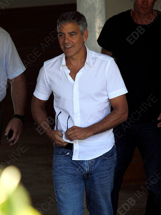 23.AUGUST.2012. PORTO VECCHIO<br /> <br /> GEORGE CLOONEY VISITS PORTO-VECCHIO WHILST ON HOLIDAY IN CORSICA<br /> <br /> BYLINE: EDBIMAGEARCHIVE.CO.UK<br /> <br /> *THIS IMAGE IS STRICTLY FOR UK NEWSPAPERS AND MAGAZINES ONLY*<br /> *FOR WORLD WIDE SALES AND WEB USE PLEASE CONTACT EDBIMAGEARCHIVE - 0208 954 5968*