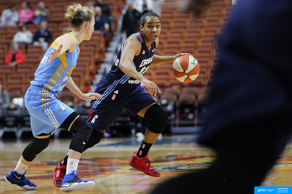 UNCASVILLE, CONNECTICUT- MAY 05: Elizabeth Williams #52 of the Atlanta Dream in action during the Atlanta Dream Vs Chicago Sky preseason WNBA game at Mohegan Sun Arena on May 05, 2016 in Uncasville. (Photo by Tim Clayton/Corbis via Getty Images)