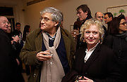 David Hockney and Celia Birtwistle, David Hockney exhibition opening, Annely Juda Gallery. 15 January 2003. © Copyright Photograph by Dafydd Jones 66 Stockwell Park Rd. London SW9 0DA Tel 020 7733 0108 www.dafjones.com