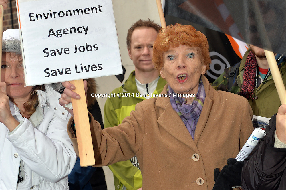 Pictured is Mary Turner, president of GMB Union.<br /> GMB London and Southern Regions protest outside of a meeting at Friends House, Euston Road, between the Environment Agency and unions over possible redundancies.<br /> Thursday, 20th February 2014. Picture by Ben Stevens / i-Images