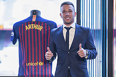 Barcelona sign Brazilian midfielder Arthur Melo 12 july 2018