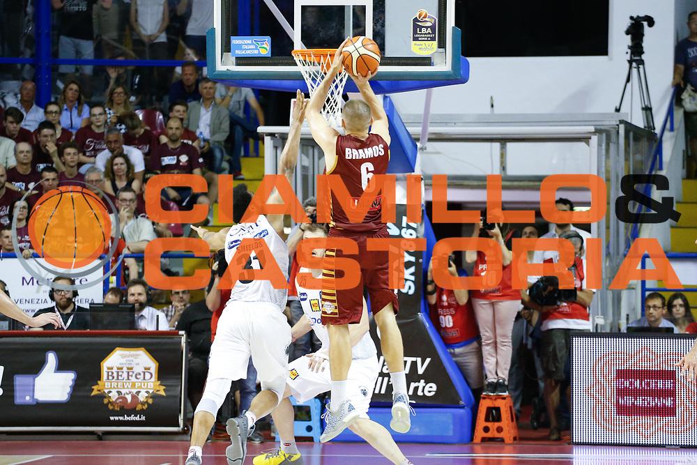 Michael Bramos<br /> Umana Reyer Venezia - Dolomiti Energia Aquila Basket Trento<br /> Lega Basket Serie A 2016/17 Finali Gara 01<br /> Venezia, 10/06/2017<br /> Foto Ciamillo-Castoria / M. Brondi