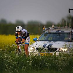 CYCLING 's-Heerenhoek: De eerste tijdrit voor vrouwen in het kader van de tijdritcompetitie werd verreden voorafgaand aan de omloop van Borsele. Maaike Polspoel