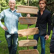 NLD/Amsterdam/20131017 - Persviewing Welkom bij De Kamara's, Dave Roelvink en Dick Jol