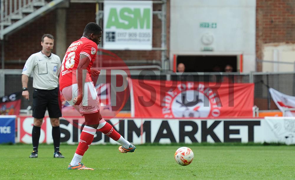 Bristol City's Jay Emmanuel-Thomas scores a penalty  - Photo mandatory by-line: Dougie Allward/JMP - Mobile: 07966 386802 - 03/05/2015 - SPORT - Football - Bristol - Ashton Gate - Bristol City v Walsall - Sky Bet League One