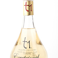 t1 Tequila Uno Excepcional reposado -- Image originally appeared in the Tequila Matchmaker: http://tequilamatchmaker.com