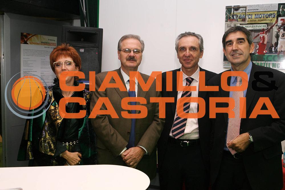 DESCRIZIONE : Siena Uleb Cup 2006-07 Montepaschi Siena Alba Berlino <br /> GIOCATORE : Minucci Bertomeu <br /> SQUADRA : Montepaschi Siena <br /> EVENTO : Uleb 2006-2007 <br /> GARA : Montepaschi Siena Alba Berlino <br /> DATA : 30/10/2006 <br /> CATEGORIA : Ritratto <br /> SPORT : Pallacanestro <br /> AUTORE : Agenzia Ciamillo-Castoria/G.Ciamillo