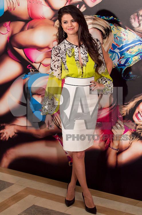 MADRI, ESPANHA, 21 FEVEREIRO 2013 - SPRING BREAKERS PHOTO CALL - A atriz Selena Gomez durante sessao de fotos para promoção do filme Spring Breakers no Hotel Villamagna em Madri capital da Espanha, nesta quinta-feira, 21. (FOTO: MIGUEL CORDOBA / ALFAQUI / BRAZIL PHOTO PRESS)..