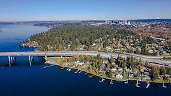 United States, Washington, Bellevue and Lake Washington (aerial view)