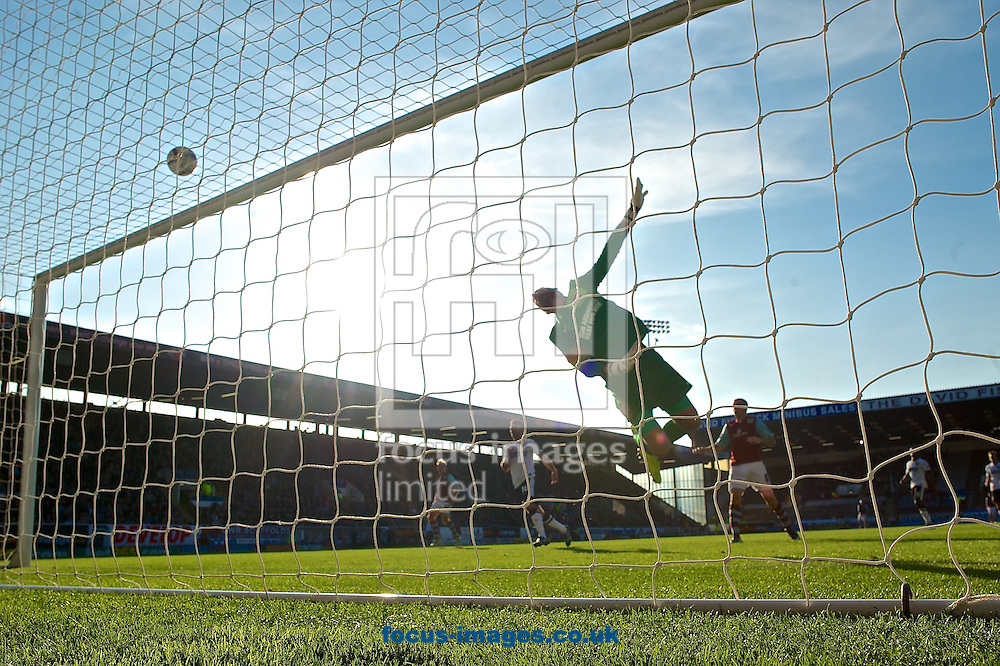 Picture by Ian Wadkins/Focus Images Ltd +44 7877 568959<br /> 28/09/2013<br /> Ben Hamer of Charlton Athletic makes a spectacular save during the Sky Bet Championship match at Turf Moor, Burnley.