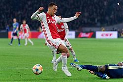 27-10-2019 NED: Ajax - Feyenoord, Amsterdam<br /> Eredivisie Round 11, Ajax win 4-0 / Sergino Dest #28 of Ajax