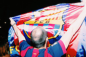 FC Barcelona beats Real Madrid - Fans celebrating