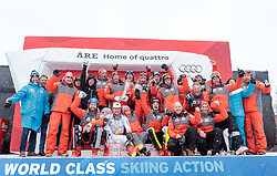 18.03.2018, Aare, SWE, FIS Weltcup Ski Alpin, Finale, Aare, Gesamt Nationencup, Siegerehrung, im Bild Team Österreich, (AUT, Gesamt Nationencup, Nationencup Herren und Nationencup Damen 1. Platz) // winner of overall Nation cup men's nation cup and ladi's nation cup Team Austria during the allover winner Ceremony for the Nations Worlcup of FIS Ski Alpine World Cup finals Aare, Sweden on 2018/03/18. EXPA Pictures © 2018, PhotoCredit: EXPA/ Johann Groder