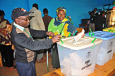 MAR 04 2013 Polling Station in Nairobi, Kenya