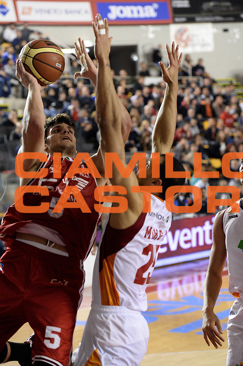 DESCRIZIONE : Roma Lega A 2014-15 Acea Virtus Roma Emporio Armani Milano<br /> GIOCATORE : alessandro gentile<br /> CATEGORIA : tiro<br /> SQUADRA : Acea Virtus Roma Emporio Armani Milano<br /> EVENTO : Campionato Lega Serie A 2014-2015<br /> GARA : Acea Virtus Roma Varese<br /> DATA : 21.12.2014<br /> SPORT : Pallacanestro <br /> AUTORE : Agenzia Ciamillo-Castoria/M.Greco<br /> Galleria : Lega Basket A 2014-2015 <br /> Fotonotizia : Roma Lega A 2014-15 Acea Virtus Roma Emporio Armani Milano