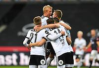 Fotball Menn Eliteserien Rosenborg-Viking<br /> Lerkendal Stadion,Trondheim<br /> 30 juli 2020<br /> <br /> Even Hovland har scoret 2-0 for Rosenborg og her jubler Per Ciljan Skjelbred høyest<br /> <br /> <br /> Foto : Arve Johnsen, Digitalsport