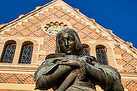 France, Region Centre-Val de Loire, Loiret (45), Orléans, Hotel Groslot, statue de Jeanne d'Arc // France, Loiret, Orleans, Groslot hotel, Jeanne d'Arc statue