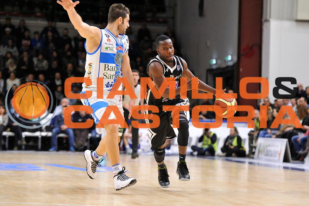 DESCRIZIONE : Campionato 2014/15 Dinamo Banco di Sardegna Sassari - Pasta Reggia Caserta<br /> GIOCATORE : Ronald Moore<br /> CATEGORIA : Palleggio Penetrazione<br /> SQUADRA : Pasta Reggia Juve Caserta<br /> EVENTO : LegaBasket Serie A Beko 2014/2015<br /> GARA : Banco di Sardegna Sassari - Pasta Reggia Caserta<br /> DATA : 29/12/2014<br /> SPORT : Pallacanestro <br /> AUTORE : Agenzia Ciamillo-Castoria / Claudio Atzori<br /> Galleria : LegaBasket Serie A Beko 2014/2015<br /> Fotonotizia : DESCRIZIONE : Campionato 2014/15 Dinamo Banco di Sardegna Sassari - Pasta Reggia Caserta<br /> Predefinita :