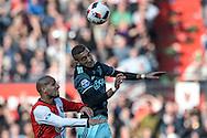 23-10-2016: Voetbal: Feyenoord v Ajax: Rotterdam<br /> <br /> (L-R) Feyenoord speler Karim El Ahmadi, Ajax speler Hakim Ziyech tijdens het Eredivsie duel tussen Feyenoord en Ajax op 23 oktober in stadion Feijenoord (de Kuip) tijdens speelronde 10<br /> <br /> Eredivisie - Seizoen 2016 / 2017<br /> <br /> Foto: Gertjan Kooij