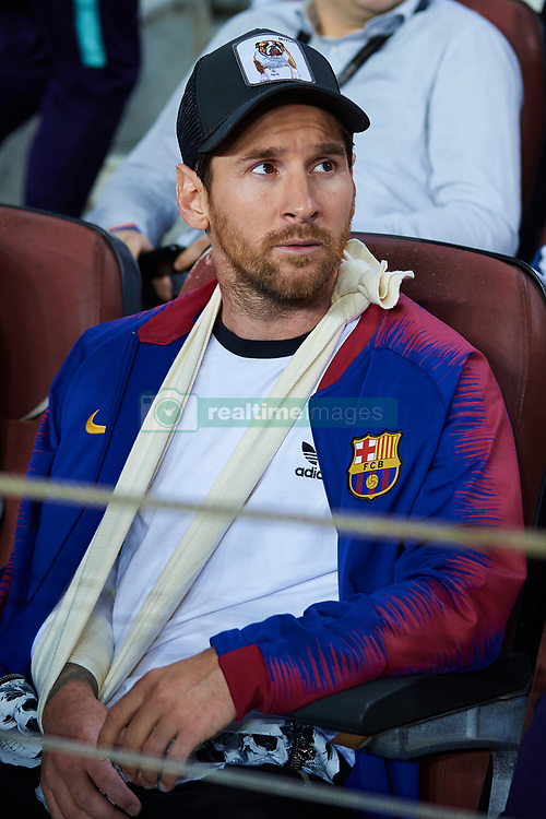 October 24, 2018 - Barcelona, Barcelona, Spain - Leo Messi of FC Barcelona looks on during the UEFA Champions League group B match between FC Barcelona and FC Internazionale  at Camp Nou on October 24, 2018 in Barcelona, Spain  (Credit Image: © Sergio Lopez/NurPhoto via ZUMA Press)