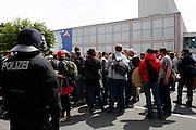 Frankfurt am Main | 17.05.2012..In Frankfurt am Main sind alle geplanten Aktionen der antikapitalistischen Blockupy-Aktivisten für Mittwoch, Donnerstag und Freitag von Gerichten verboten worden, daher treffen sich am Donnerstag (17.05.2012) mehrere hundert Menschen am Hauptbahnhof Frankfurt, um von hier zur Paulskirche zu gehen und dort gegen Demo-Verbote und für Meinungsfreiheit zu demonstrieren. .Hier: Etwa 200 Aktivisten aus Italien, Frankreich und Deutschland werden von der Polizei an der Bockenheimer Warte vor der Uni festgehalten und eingekesselt...©peter-juelich.com..[No Model Release | No Property Release]