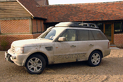 DIRTY RANGE ROVER SPORT photographed 3rd March 2008. London UK<br /><br />NON EXCLUSIVE - WORLD RIGHTS
