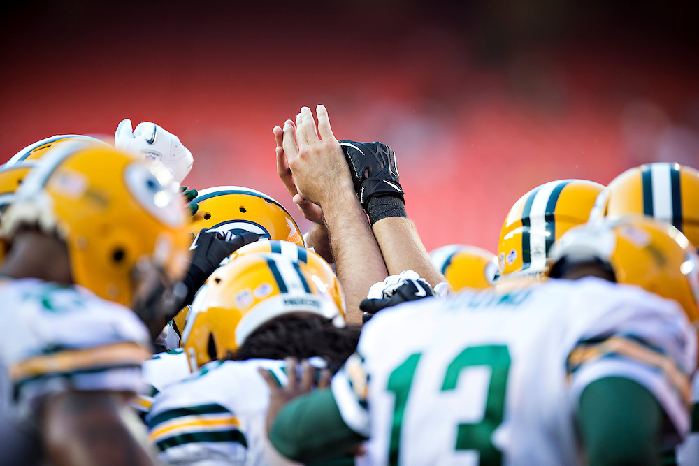 KANSAS CITY, MO - AUGUST 29:  Green Bay Packer players huddle up before the last preseason game against the Kansas City Chiefs at Arrowhead Stadium on August 29, 2013 in Kansas CIty, Missouri.  (Photo by Wesley Hitt/Getty Images) *** Local Caption ***