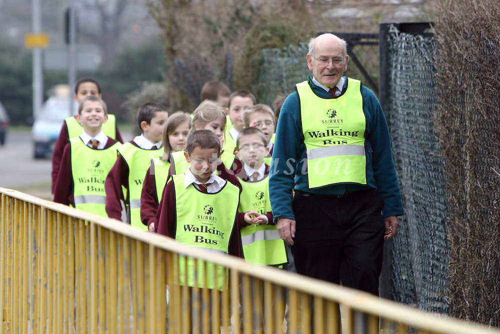 Walking bus to primary school UK